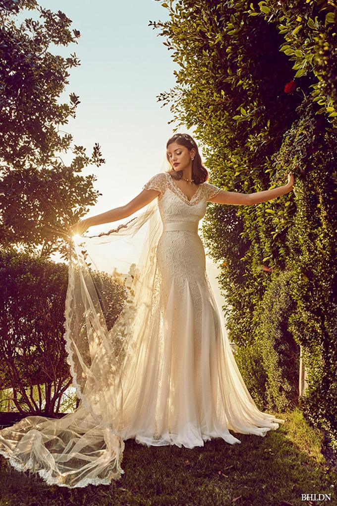 Romona Keveza Fall 2016 Pretty Tulle A Line Wedding Dress Top Trend Flowy Skirt