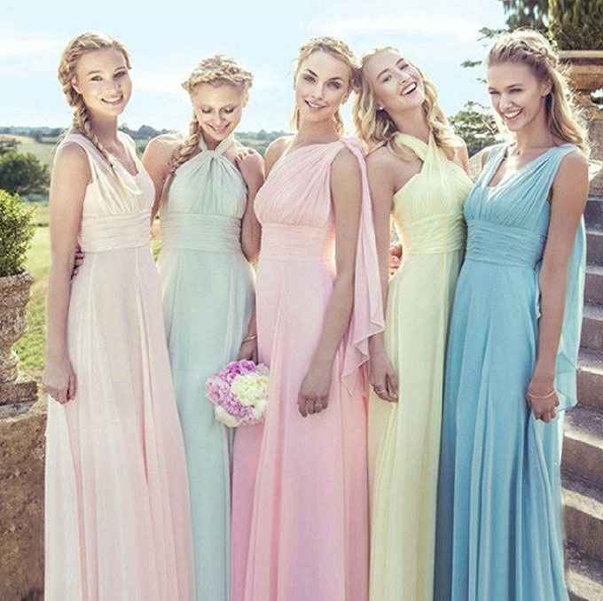 How Beautiful They Are When the Bridesmaids Wearing Convertible ...