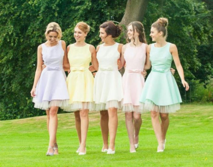 Top 5 Rules Of Choice Of Short Bridesmaid Dress In Color And Design