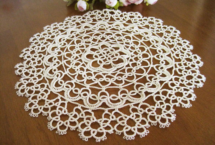 Tatting lace