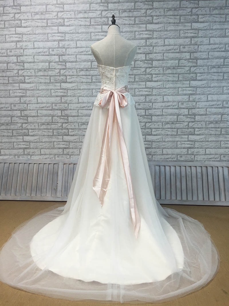 Elegant Strapless Champagne Lining Wedding Dress With