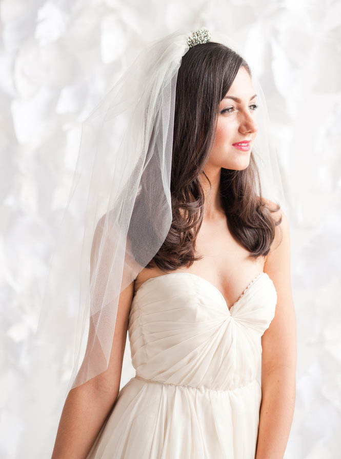 Elbow Length Illusion Tulle Short Lovely Wedding Veil - Lunss Couture