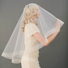 bridal illusion tulle cascading single layer fingertip length drop veil 1