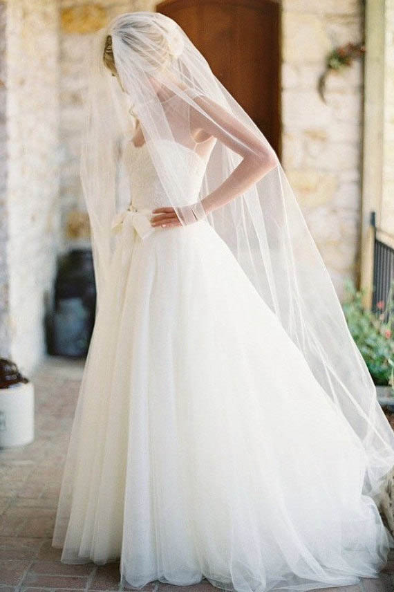 Single tier Elegant Chapel Length Bridal Veil Lunss Couture