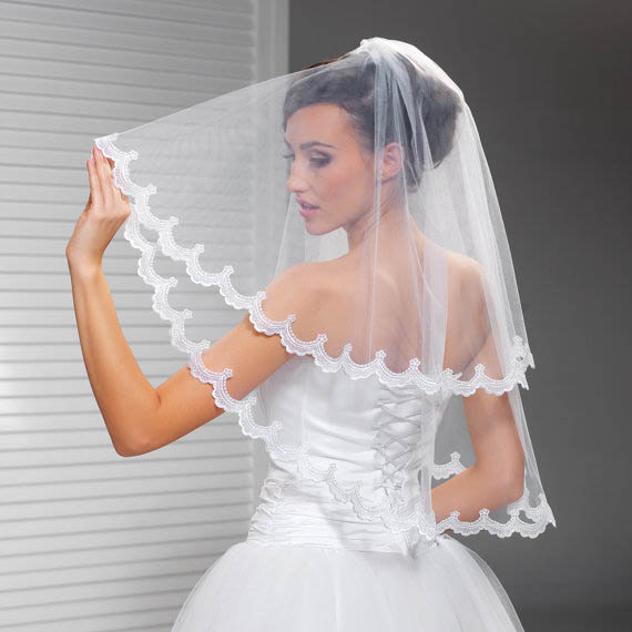Two Tier Corded Lace Edge Elbow Length Short Bridal Veil