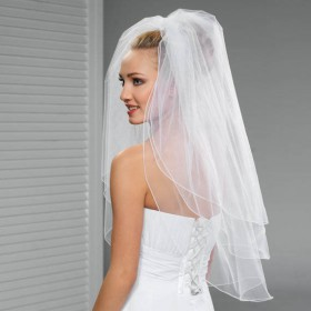 layered elbow length classic tulle short wedding veil