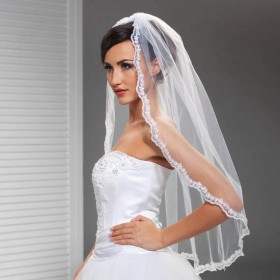 corded lace edge short vintage elbow length tulle wedding veil