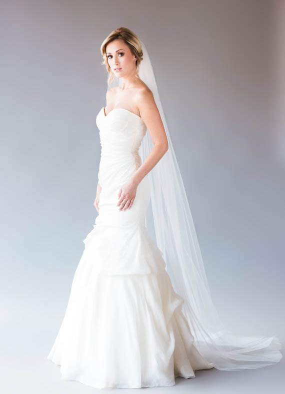 Ivory One-tier Simple Long Bridal Tulle Veil Wedding Cathedral Veil ...