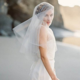 simple single tier ivory elbow length tulle bridal veil head coverings