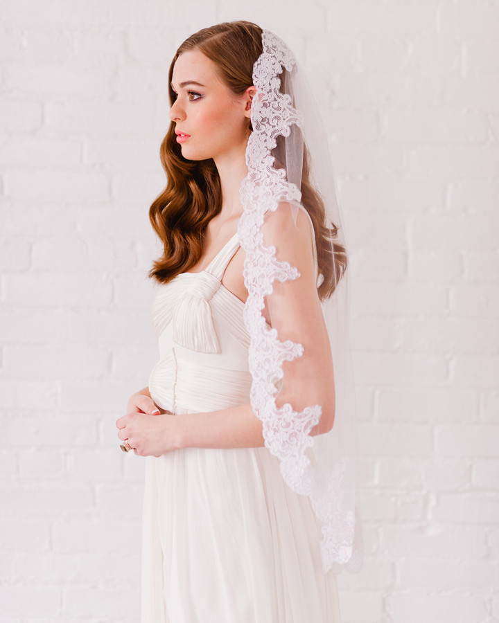 lace veil single tier veil fingertip length wedding veil