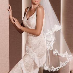 fingertip length wedding veil classic embroidered lace veil 1