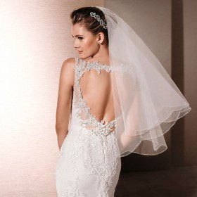 short cheap elbow length veil two tier scalloped bridal veil 1